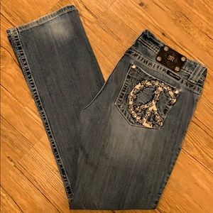 Miss Me mid rise bootcut stretchy jeans EUC